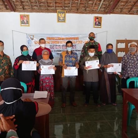 Penyerahan BLT Dana Desa Tahap 5 & 6 Desa Gunem Kecamatan Gunem Kabupaten Rembang
